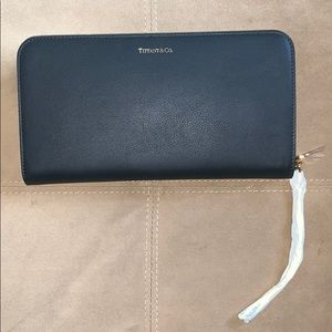 Tiffany & co. smooth leather travel wallet